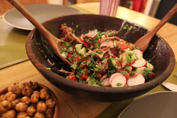 Fattoush salad with fried chickpeas
